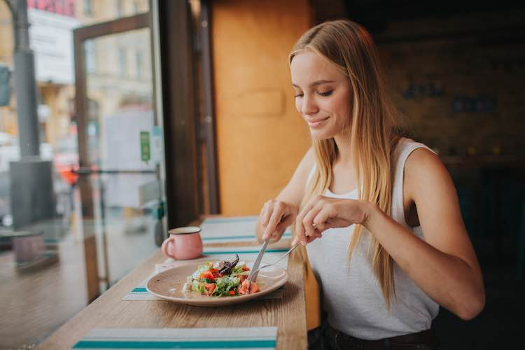 Mindful Eating Improves Weight Loss And Eating Habits Mydr