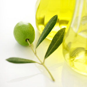 Mediterranean diet plus olive oil lowers risk of breast cancer